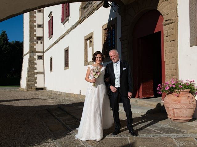 Il matrimonio di Maurizio e Erika a Carmignano, Prato 10