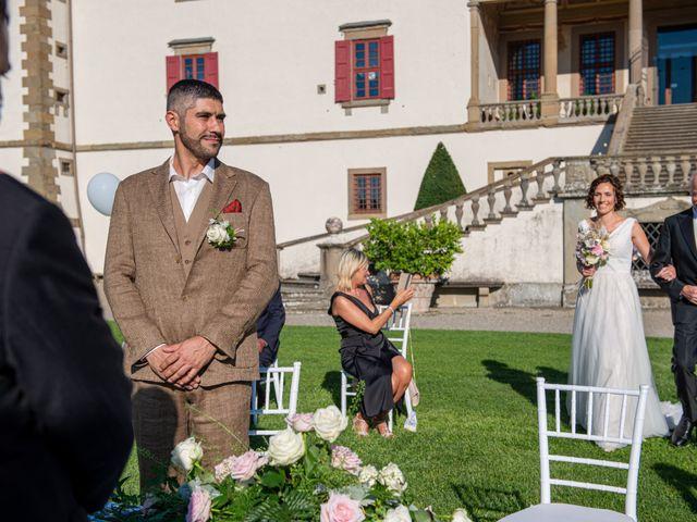 Il matrimonio di Maurizio e Erika a Carmignano, Prato 11