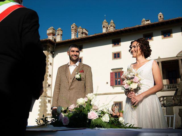 Il matrimonio di Maurizio e Erika a Carmignano, Prato 12