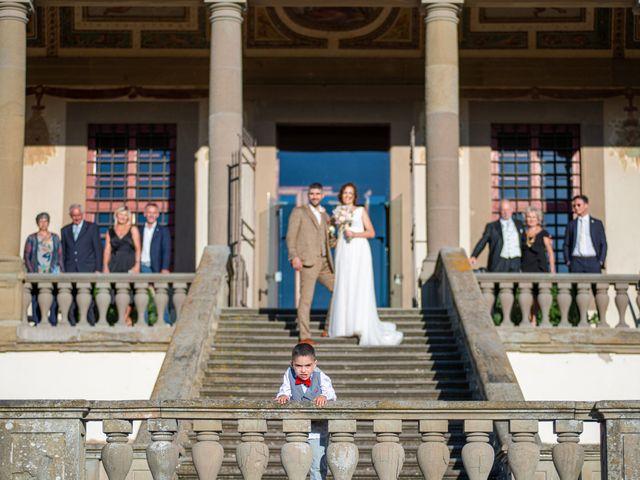 Il matrimonio di Maurizio e Erika a Carmignano, Prato 21