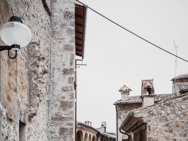 Il matrimonio di Graig e Clare a Calascio, L'Aquila 4