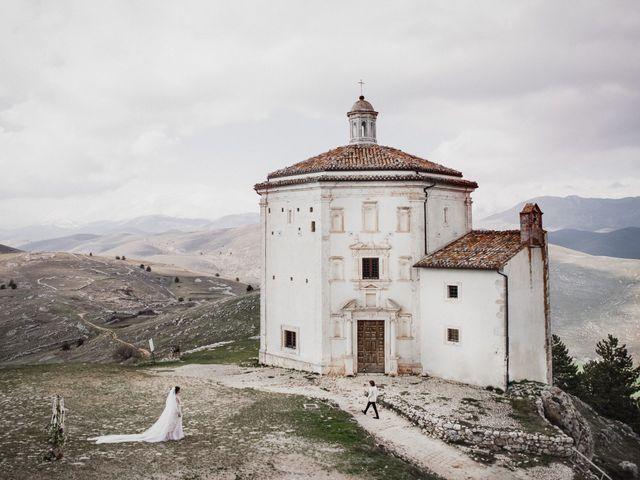 Il matrimonio di Graig e Clare a Calascio, L'Aquila 48