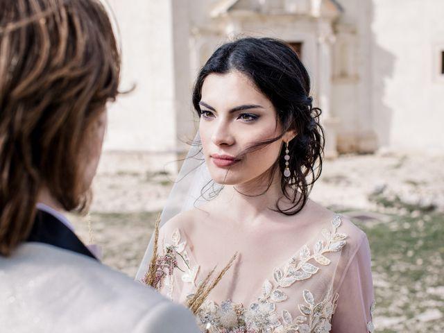 Il matrimonio di Graig e Clare a Calascio, L'Aquila 53