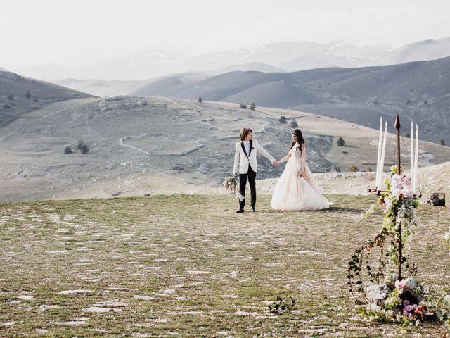 Il matrimonio di Graig e Clare a Calascio, L'Aquila 66