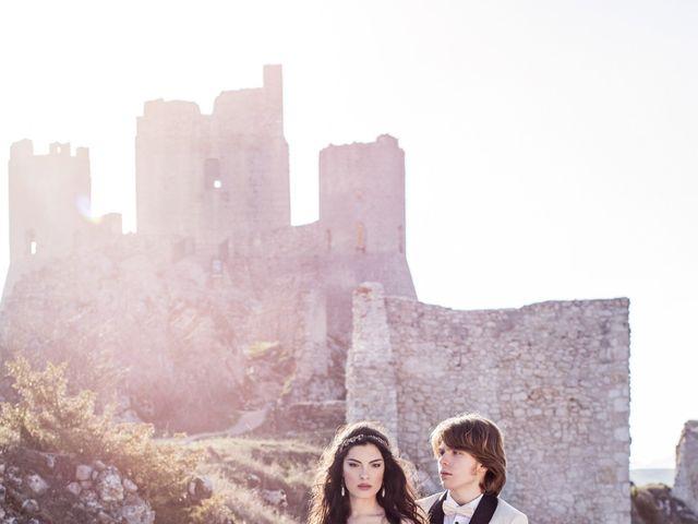 Il matrimonio di Graig e Clare a Calascio, L'Aquila 85