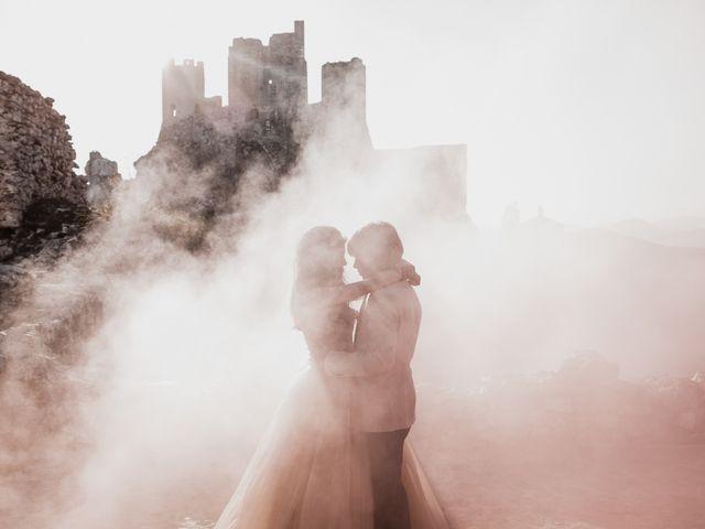 Il matrimonio di Graig e Clare a Calascio, L'Aquila 93