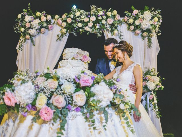 Il matrimonio di Marco e Aida a Imbersago, Lecco 38