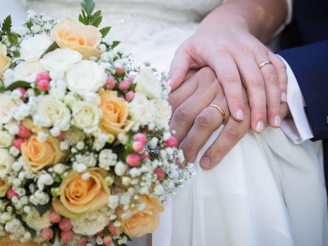 Il matrimonio di Luca e Laura a Saronno, Varese 30