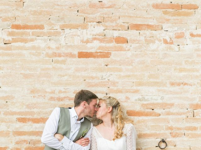 Il matrimonio di James e Freya a Servigliano, Fermo 25