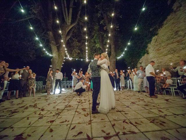 Il matrimonio di James e Freya a Servigliano, Fermo 47