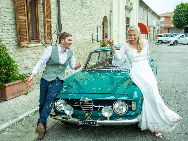 Il matrimonio di James e Freya a Servigliano, Fermo 31