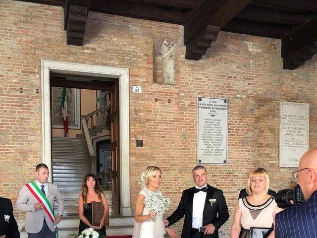 Il matrimonio di Daniele  e Lara a Pordenone, Pordenone 10