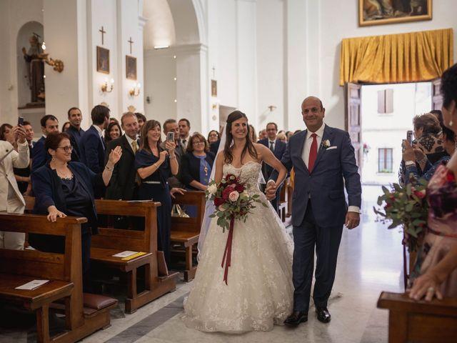 Il matrimonio di Massimiliano e Jennifer a Tavoleto, Pesaro - Urbino 18