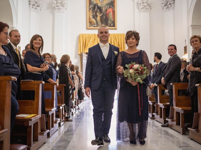 Il matrimonio di Massimiliano e Jennifer a Tavoleto, Pesaro - Urbino 20