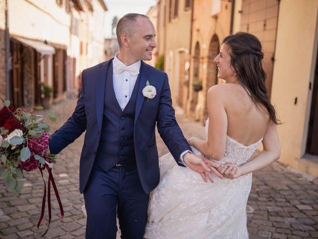 Il matrimonio di Massimiliano e Jennifer a Tavoleto, Pesaro - Urbino 23