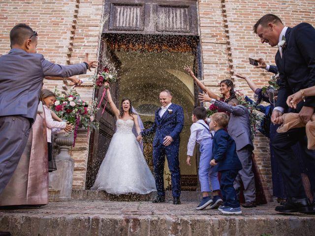 Il matrimonio di Massimiliano e Jennifer a Tavoleto, Pesaro - Urbino 24