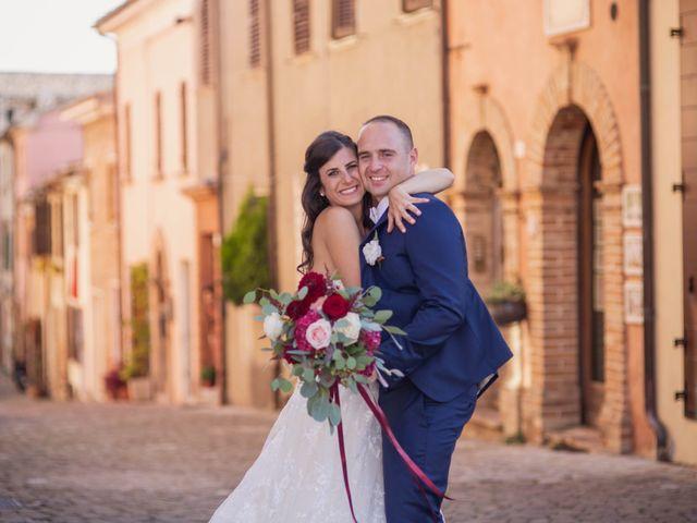 Il matrimonio di Massimiliano e Jennifer a Tavoleto, Pesaro - Urbino 29