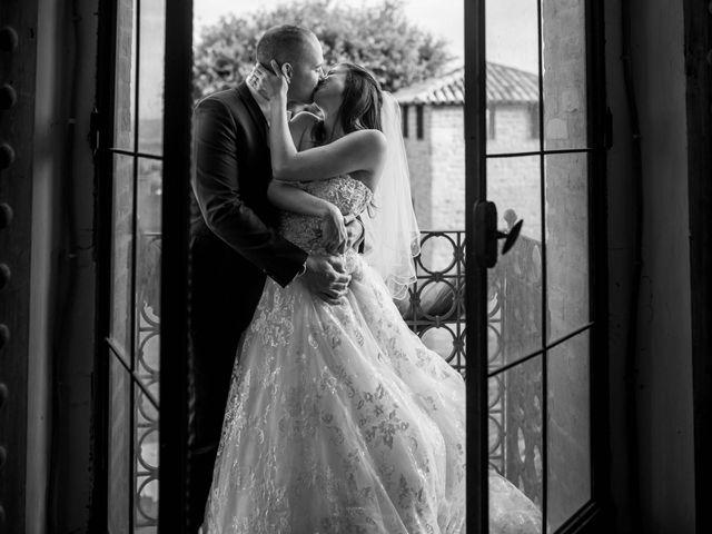 Il matrimonio di Massimiliano e Jennifer a Tavoleto, Pesaro - Urbino 31