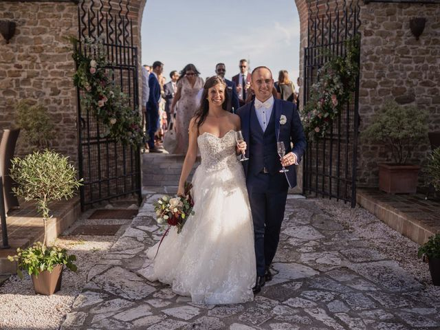 Il matrimonio di Massimiliano e Jennifer a Tavoleto, Pesaro - Urbino 32