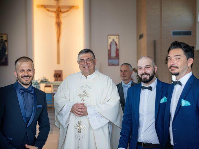 Il matrimonio di Fabio e Daniela a Caorle, Venezia 22