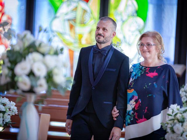 Il matrimonio di Fabio e Daniela a Caorle, Venezia 23