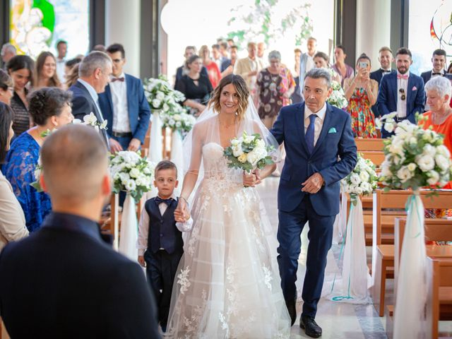 Il matrimonio di Fabio e Daniela a Caorle, Venezia 30