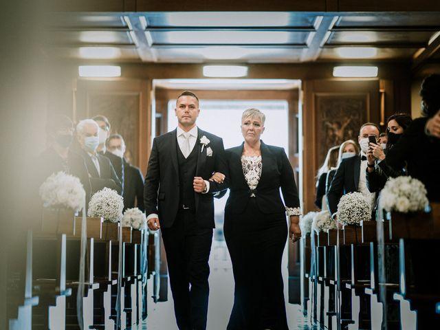 Il matrimonio di Alessandro e Roberta a Lesmo, Monza e Brianza 16