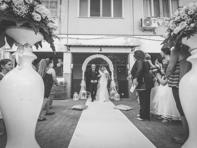 Il matrimonio di Salvatore e Rossella a Pozzuoli, Napoli 11