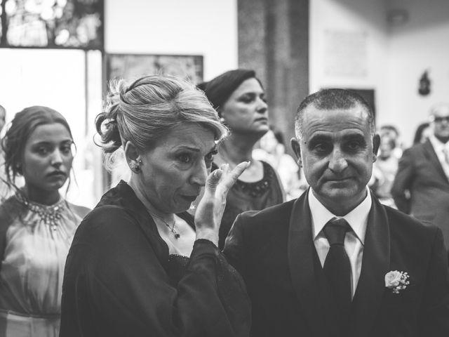 Il matrimonio di Salvatore e Rossella a Pozzuoli, Napoli 14
