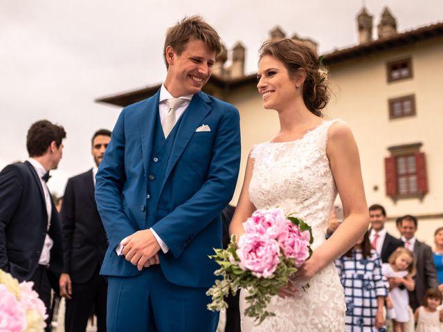 Il matrimonio di Mariano e Marina a Prato, Prato 13