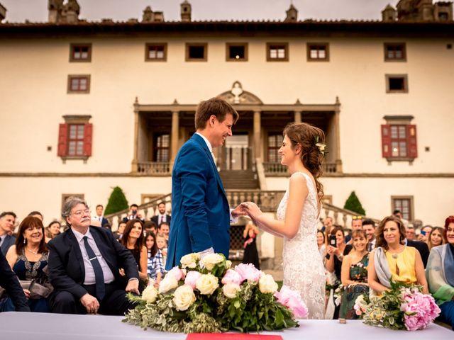 Il matrimonio di Mariano e Marina a Prato, Prato 17