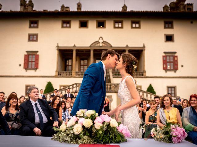 Il matrimonio di Mariano e Marina a Prato, Prato 20