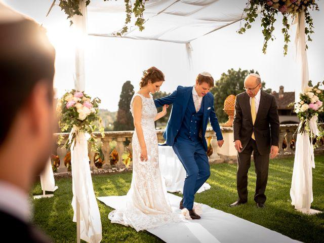 Il matrimonio di Mariano e Marina a Prato, Prato 27