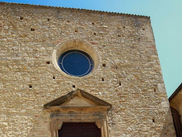 Il matrimonio di Leo e Luisa a Crecchio, Chieti 11