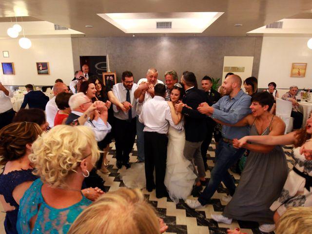 Il matrimonio di Leo e Luisa a Crecchio, Chieti 19