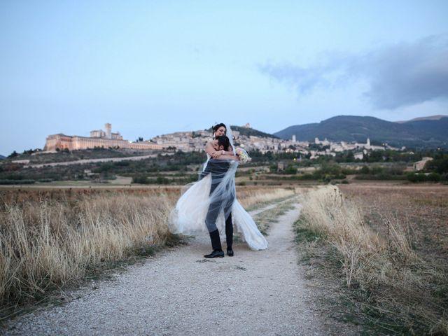 Il matrimonio di Luca e Marianna a Assisi, Perugia 2