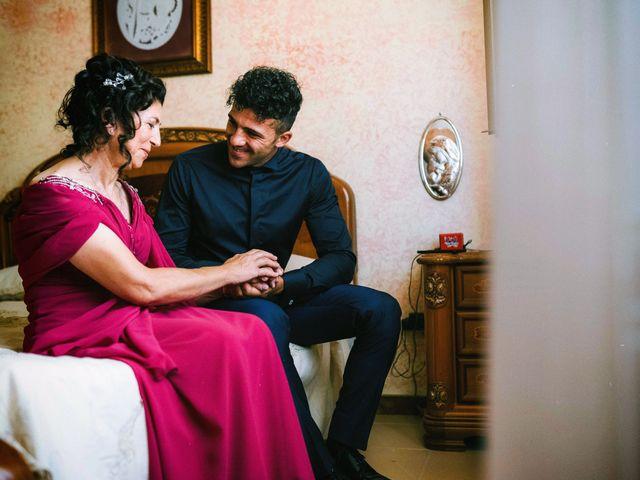 Il matrimonio di Dario e Ramona a Cirò Marina, Crotone 13