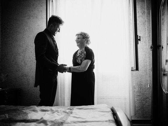 Il matrimonio di Dario e Ramona a Cirò Marina, Crotone 19
