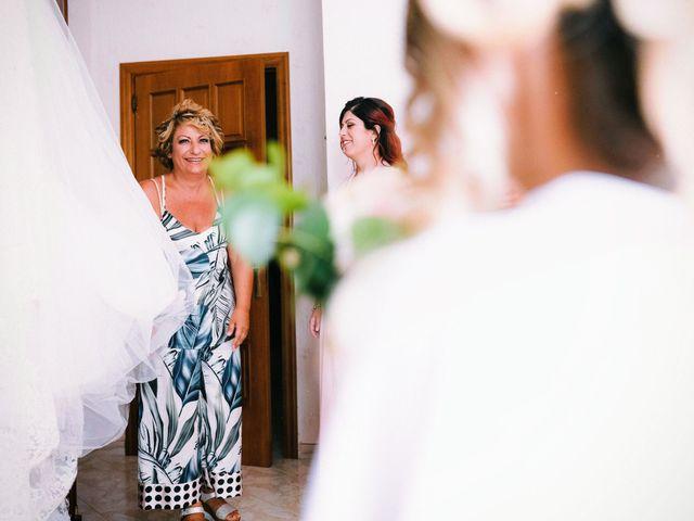 Il matrimonio di Dario e Ramona a Cirò Marina, Crotone 30