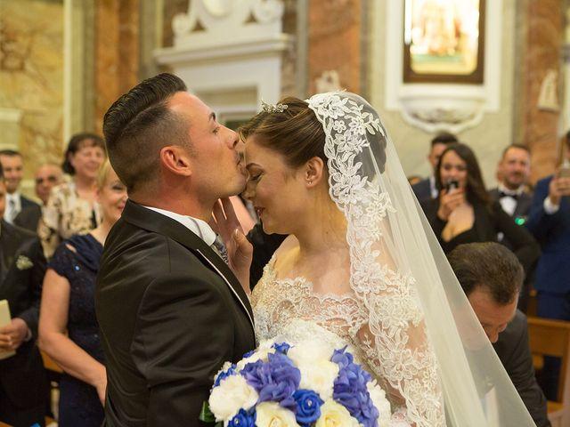 Il matrimonio di Giovanni e Sabrina a Capua, Caserta 33