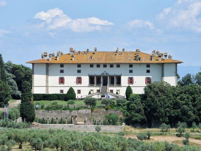 Il matrimonio di Alessandro e Monica a Poggio a Caiano, Prato 1