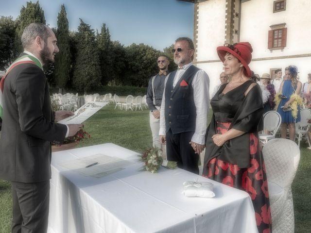 Il matrimonio di Alessandro e Monica a Poggio a Caiano, Prato 13