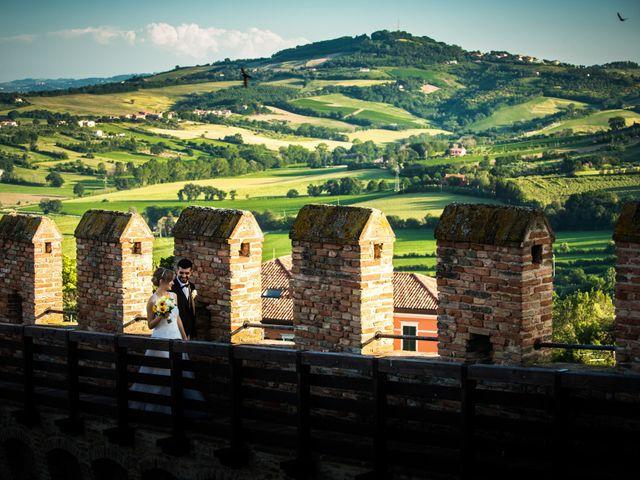 Il matrimonio di Davide e Silvia a Pesaro, Pesaro - Urbino 29