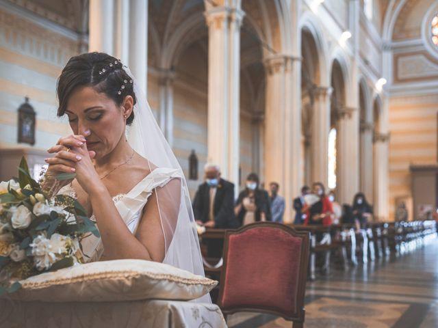 Il matrimonio di Giuseppe e Vanessa a Ostiglia, Mantova 16