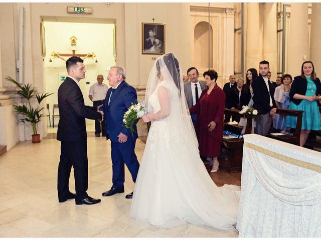 Il matrimonio di Luca e Anna a Cento, Ferrara 16
