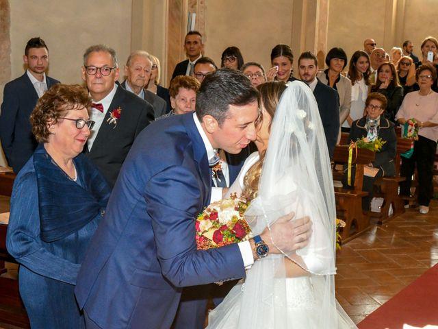 Il matrimonio di Adrea e Brenda a Mortara, Pavia 24
