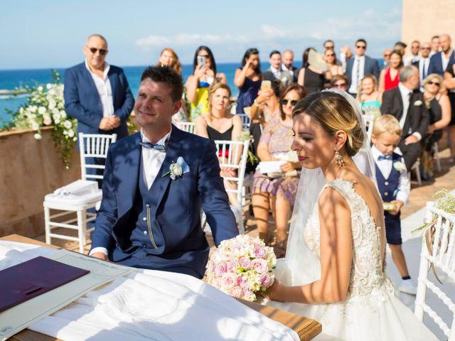 Il matrimonio di Valerio e Anna a Castellammare del Golfo, Trapani 12