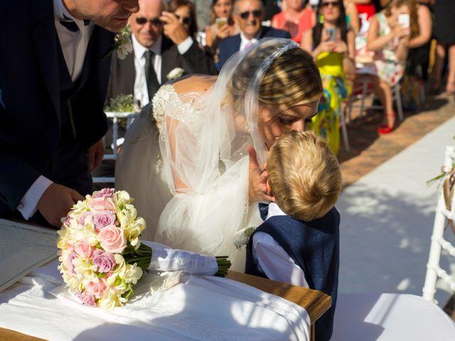 Il matrimonio di Valerio e Anna a Castellammare del Golfo, Trapani 15