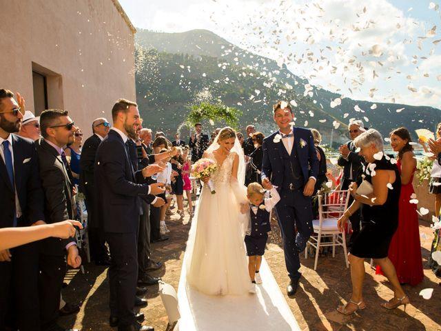 Il matrimonio di Valerio e Anna a Castellammare del Golfo, Trapani 21