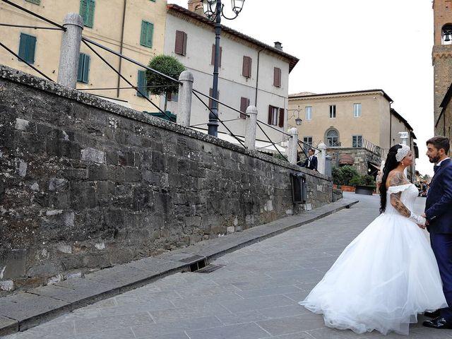 Il matrimonio di Marco e Gloria a Montalcino, Siena 21